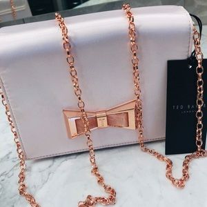 Ted Baker Maxine Satin Pink Clutch w Bow rose gold